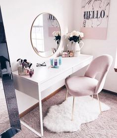 White and pink vanity, can also double as office space for girl bosses B] (Modern decor house interior design, modern decor inspiration design trends, modern decor inspiration color schemes, home office ideas for women. White Vanity Desk, Makeup Table Vanity, Makeup Desk, Small Vanity, Vanity Area, Makeup Rooms, Desk In Bedroom, Home Bedroom, Bedroom Decor