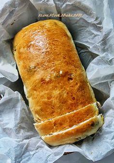 Brown Sugar Raisin Bread (Williams-Sonoma)