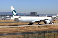 B-KPH, Bild vom 25.08.2016 in Frankfurt, (FRA), CN 35301, Boeing 777-367(ER), Cathay Pacific