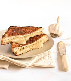 Roasted Garlic & Gruyere Cheese Toasties recipe from Raspberri Cupcakes