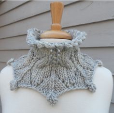 Ravelry: Eiswein pattern by Laura Aylor Lace Knitting, Knitting Patterns, Knit Crochet, Crochet Hats, Knit Lace, Knit Cowl, Knitted Shawls, Quick Knits, How To Purl Knit