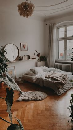 Go look at our site for a good deal more regarding this superb photo My New Room, My Room, Bedroom Furniture, Bedroom Decor, Ikea Bedroom, Small Apartment Interior, Interior Design, Modern, Beautiful