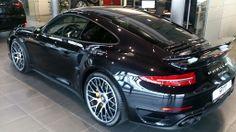 #Porsche #911 #TurboS #czarne #salon #PorscheWarszawa #Warszawa #nowe #piękne #Turbo