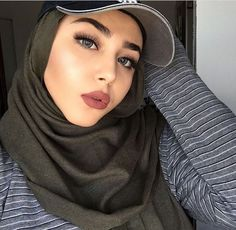 61 Trendy Ideas For Travel Fashion Summer Outfit Ideas Hats Hijabi Girl, Girl Hijab, Hijab Outfit, Hijab Gown, Hijab Bride, Beautiful Muslim Women, Beautiful Hijab, Hijab Makeup, Hijab Style Tutorial