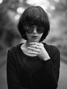 Bowl bangs with a retro bob. The perfect way to stand out