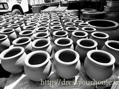 Pottery Lane - Banga