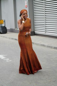 Like this striking woman in a striking dress: | These Gorgeous Photos Prove That Lagos Street Style Is The Best