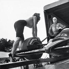 Pirelli calendar (1986) /Helmut Newton