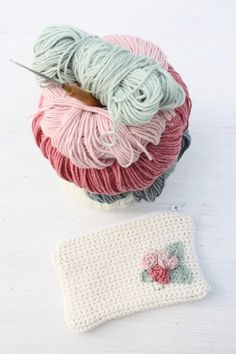 Cute purse with small roses