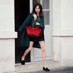 To Covet: The new Longchamp Le Pliage Héritage from the Autumn 2014 collection spots a different...