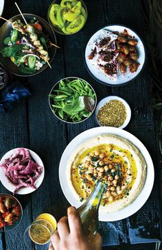 How to Serve Hummus So It Looks Fancy | Epicurious