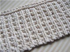 Si vous êtes comme moi, vous aimez peut-être faire de petits échantillon pour essayer de nouveaux points de tricot….