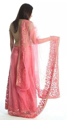 Pink & Gold Lehenga #lehenga #choli #indian #hp #shaadi #bridal #fashion #style #desi #designer #blouse #wedding #gorgeous #beautiful