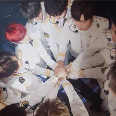 Wanna one Fighthing