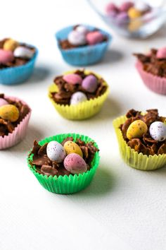 Our chocolate nests are the cutest way to display any treats from the Easter bunny and are so easy to make. You'll be hard pressed not to be nibbling at these all the time! Chocolate Cornflake Nests, Chocolate Nests, Chocolate Syrup, Easter Bunny, Easter Eggs, Hard Pressed, Mini Eggs, Golden Syrup, Vegetarian Breakfast