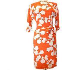 Diane Von Furstenberg | Orange & White Maja Floral Dress (13.040 RUB) ❤ liked on Polyvore featuring dresses, white color dress, flower pattern dress, white floral dress, floral print dress and orange white dress