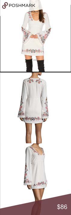 💋SALE  Free People Folk Mini Dress Be a STUNNER in this folk mini dress by free people. Free People Dresses