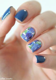 Fleurs bleues en water decals