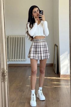 Cute Preppy Outfits, Cute Skirt Outfits, Preppy Girl, Girly Outfits, Preppy Style, Pretty Outfits, Stylish Outfits, Miami Outfits, Vacation Outfits
