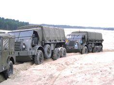 Daf YA328 jaren zo met veel plezier gereden Dodge Trucks, Old Trucks, Motor Vehicle, Motor Car, Cargo Transport, Army Vehicles, Alternate History, Heavy Truck, Busse