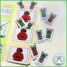 French Christmas Lapbook: fun, interactive foldable activities for lapbooks and notebooks! En français | Noël. Les articles définis.