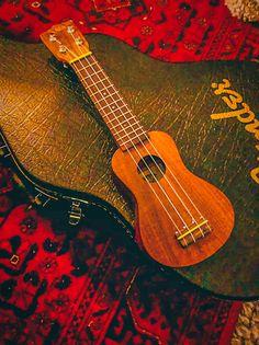 Music Instruments, Guitar, Photography, Photograph, Musical Instruments, Fotografie, Photoshoot, Guitars, Fotografia