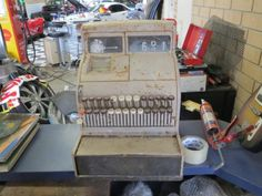 Cash Register -- old 50s style cash register,in original condition, all complete, needs restoration.