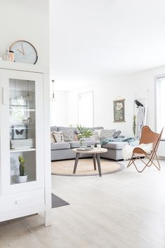 Interior inspiration - a dutch house with scandinavian interior design #white #wood #interior #inspiration #vtwonen #decor