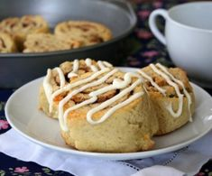 Almond Flour Cinnamon Rolls - Low Carb and Gluten-Free by All Day I Dream About Food