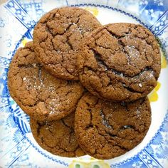 More Easy Weekend Baking: Ginger Spiced Molasses Cookies Molasses Recipes, Ginger Molasses Cookies, Chewy Sugar Cookies, Sugar Cookies Recipe, Chocolate Chip Cookies, Yummy Cookies, Yummy Treats, Sweet Treats, Yummy Food