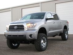 Black or Chrome wheels (pic inside) - TundraTalk.net - Toyota Tundra Discussion Forum