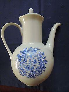 Melitta-Tee-Kaffeekanne-mit-Voegeln-Motiv-Porzellan-Blau-Vintage-weiss-blau