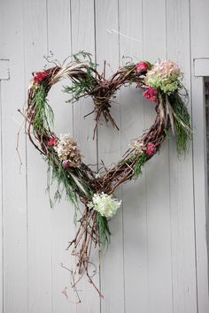 Middlebury College Wedding from Orchard Cove Photography Photography: Orchard Cove Photography - orc Valentine Wreath, Valentine Day Crafts, Printable Valentine, Valentine Box, Valentine Ideas, Faux Flowers, Dried Flowers, Wedding Wreaths, Wedding Decorations