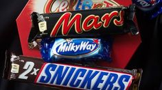 Mars issues mass candy bar recall after plastic was found in a Snickers bar http://ift.tt/1LHhWVL  SINGAPORE  U.S. chocolate maker Mars has issued a recall of its Netherlands-made candy across 55 countries after a piece of plastic was found in a Snickers bar in Germany.  Mars voluntarily recalled its confectionary saying in a statement that affected products were manufactured in the Netherlands between Dec. 5 last year and Jan. 18 and come carrying the label Mars Netherlands.  See also: New…