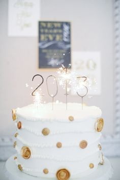 New Year Eve inspired sparklers / Photography By / http://alealovely.com,Home And Decor By / http://julieblanner.com