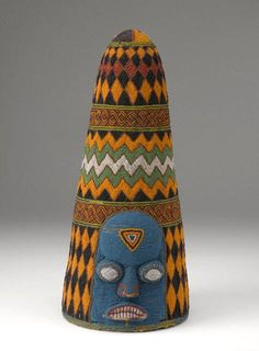 beaded crown made by the Yoruba peoples in Nigeria