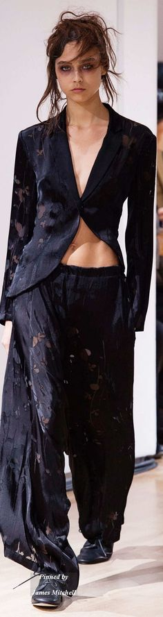 Yohji Yamamoto Collection Spring 2015 Ready-to-Wear