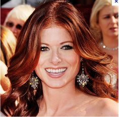Debra Messing gorgeous red!!!!