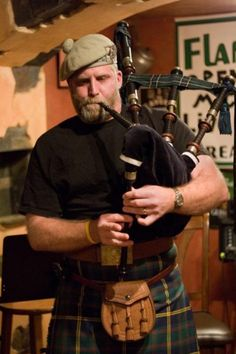 Piping for the crowd at kilt night, Flanagan's Apple, Yelm, WA. Tartan, Plaid, Motif Music, Scotland Men, Glasgow Scotland, Edinburgh, Nostalgia, Men In Kilts, We Are The World