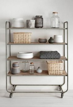 This Keukentrolley van Hubsch Interior looks so simple and organised! Interior Styling, Interior Decorating, Home Furniture, Furniture Design, Furniture Vintage, Sweet Home, Deco Design, Home And Deco, Kitchen Styling