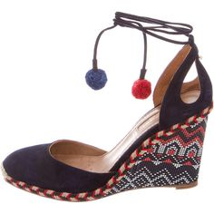 Pre-owned Aquazzura Palm Beach Pom-Pom Wedges ($325) ❤ liked on Polyvore featuring shoes, sandals, navy wedge espadrilles, pom pom sandals, wedge shoes, wedge sandals and woven sandals