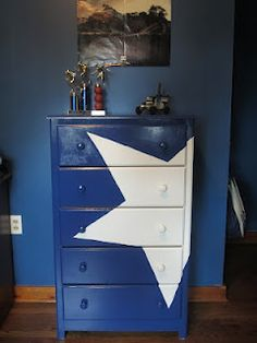 painted dresser, thinking I could stencils paint on a train or something like that. - Visit to grab an amazing super hero shirt now on sale! Diy Furniture, Painted Furniture, Avengers Room, America Furniture, Superhero Room, New Room, Girl Room, Kids Bedroom, Bedroom Ideas