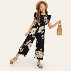 To find out about the Girls Ruffle Armhole Floral Wide Leg Jumpsuit at SHEIN, part of our latest Girls Jumpsuits ready to shop online today! Kids Dress Wear, Dresses Kids Girl, Kids Outfits Girls, Cute Girl Outfits, Cute Casual Outfits, Baby Dress, Stylish Outfits, Preteen Girls Fashion, Girls Fashion Clothes