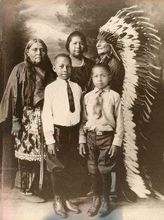 COMANCHE FAMILY