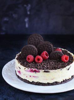 Vörös és fekete – Oreos fehércsokis túrótorta málnával – Sweet & Crazy Oreo Cake, Cake Cookies, Cookie Desserts, Cookie Recipes, Fitness Cake, Cheesecake, Cold Cake, Savoury Cake, Cakes And More