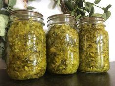 Dill pickle relish is a quick and easy condiment to make with your extra or too-large cucumbers! Serve it on hotdogs, brats, or in tartar sauce! Dill Pickle Relish Canning Recipe, Icicle Pickle Recipe, Ball Canning Recipe, Relish Recipes, Canning Recipes, Zuchini Relish, Recipe Using Zucchini, Zucchini Pickles, Pickled Okra