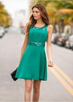 Alkalmi ruha Elegáns ruha a Bodyflirt • 9999.0 Ft • Bon prix