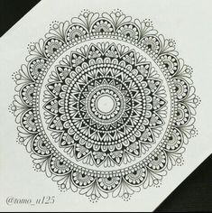 Too intricate for a medium tattoo? Doodle Art Drawing, Mandalas Drawing, Zentangle Drawings, Art Drawings, Zentangles, Mandala Doodle, Zen Doodle, Mandala Tattoo, Mandala Artwork