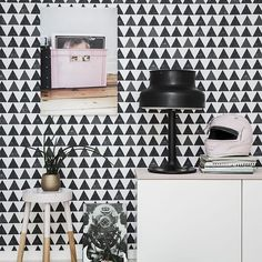 Ture Wallpaper A simple yet stylish wallpaper featuring rows of mid scale triangles in black and white. Most of the triangles have a worn effect for added interest. Hallway Wallpaper, Modern Wallpaper, Kids Wallpaper, Geometric Wallpaper, Wallpaper 2016, Bedroom Wallpaper, Wallpaper Ideas, Kitchen Diner Lounge, Cool Kids Rooms