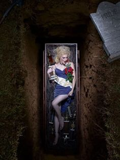 Michelle: Cycle 4; Photo Shoot 7 - 7 Deadly Sins in a graveyard - ANTMworld